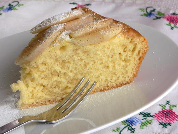 Schuedi - Hefebutterkuchen mit Vanillebirnen