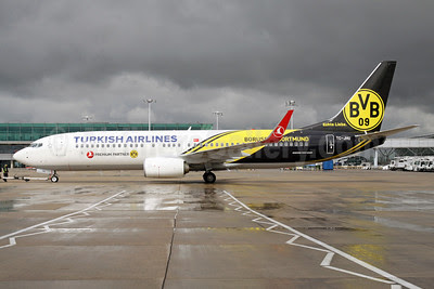Turkish Airlines Boeing 737-8F2 WL TC-JHU (msn 42002) (Borussia Dortmund) STN (Pedro Pics). Image: 912361.