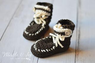 Crochetbabymocsasinbootswm_small2