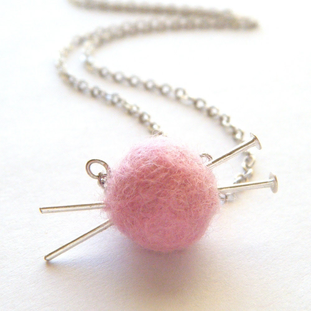Knitting Necklace - Pink Felted Necklace, Felt Wool Ball of Yarn, Pastel Fashion, Silver Knitting Needles - 'Love to Knit' - FioreJewellery