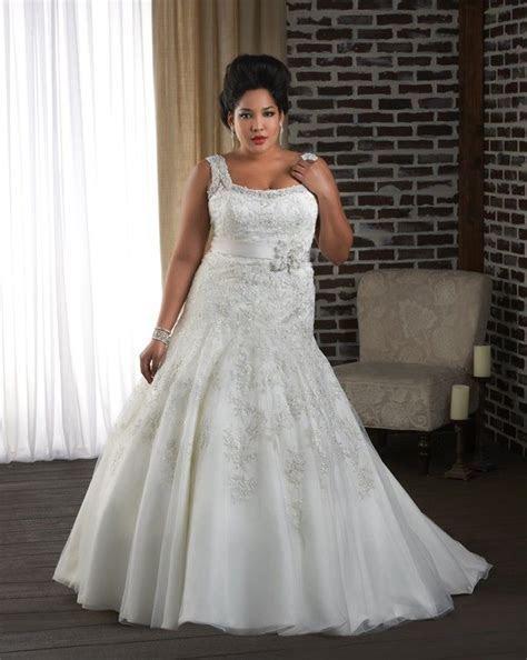 Plus size wedding dress   Drop waist Lace wedding gown