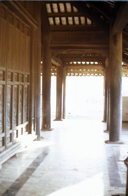 3 Nov 1967 Temple near airport