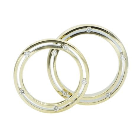 14kt White Gold His & Hers Diamond Wedding Bands   Rock N