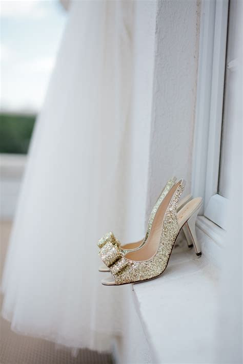 drop dead gorgeous gold wedding shoes ideas