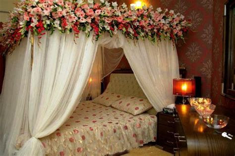 First Night Room Decoration   1000  Ideas For First Night