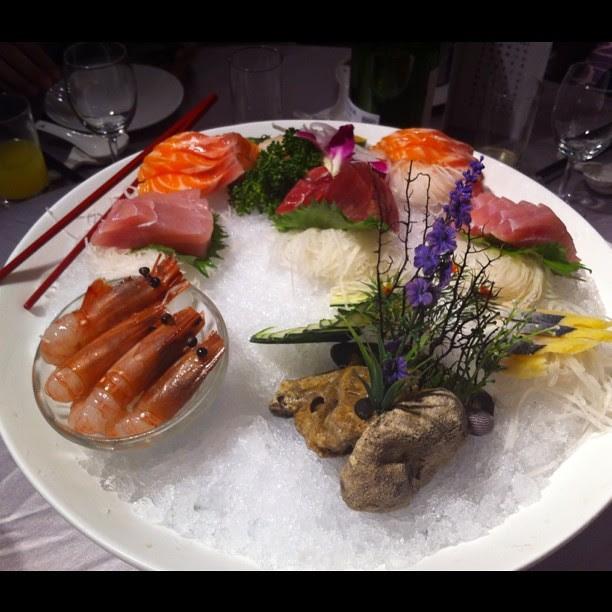 第一道菜:生魚片