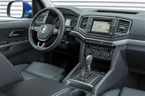 volkswagen amarok   tdi  international