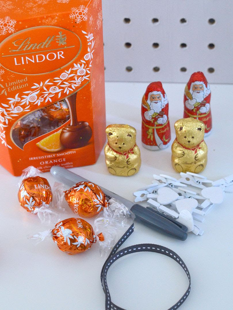 photo lindt advent 1_zpswua3ifqo.jpg