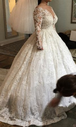 YSA Makino $4,000 Size: 8   Used Wedding Dresses