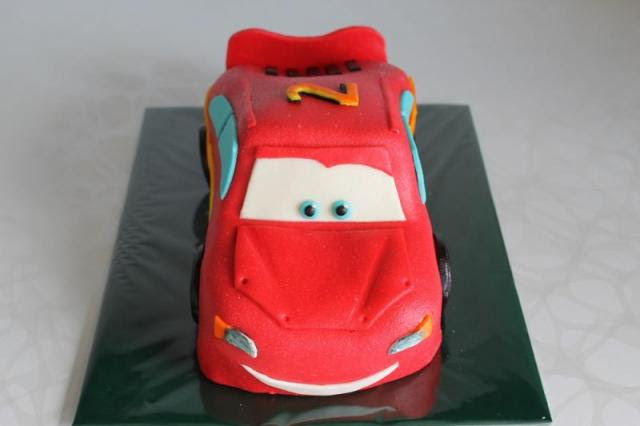 3D торты. Автомобили из мастики (22) (640x426, 21Kb)