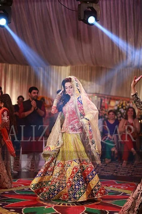 Best 25  Pakistani wedding stage ideas on Pinterest