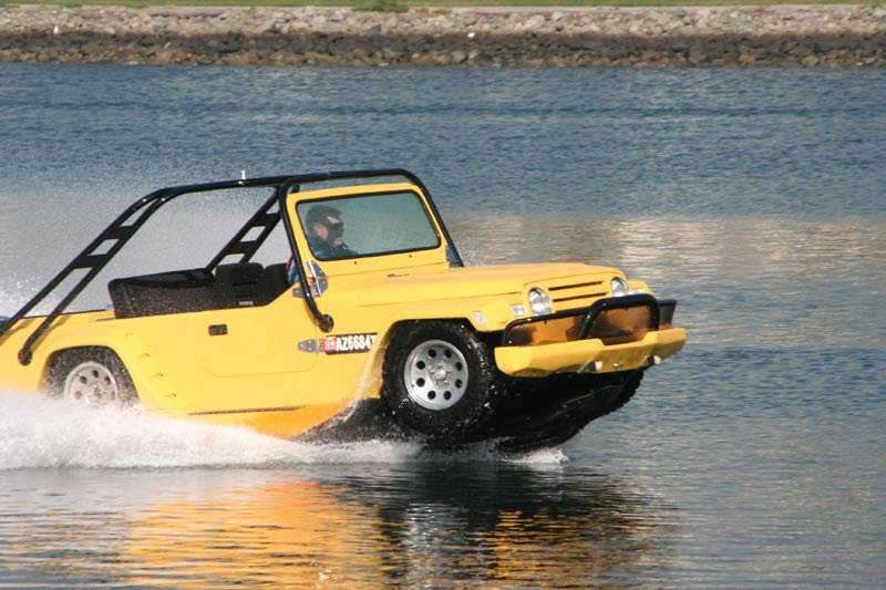 Watercar Gator The Worlds First Amphibious Jeep Jeepfan Com