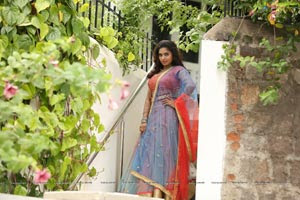 Karunya Chowdary HD Wallpapers