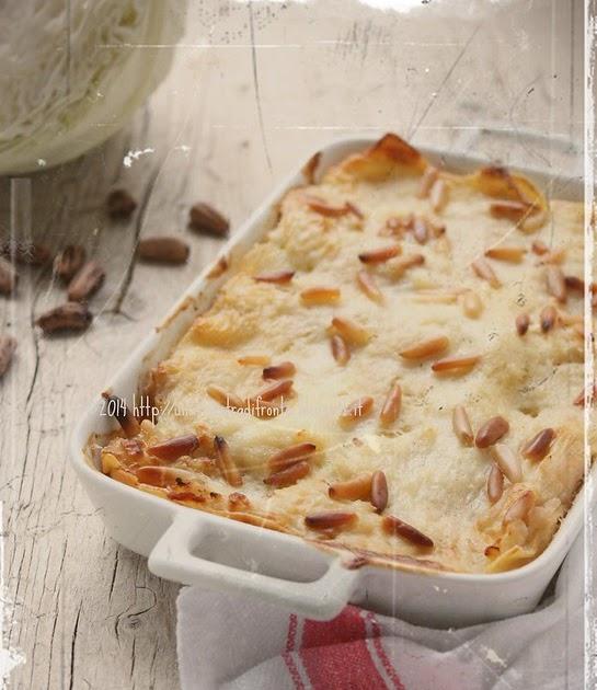 Una finestra di fronte lasagne di semola con cavolo - Una finestra di fronte ...