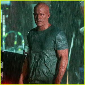 Ryan Reynolds' Deadpool Is Unmasked for Rainy Sequel Scene
