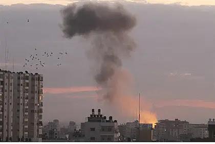 Israeli airstrike in Gaza (archive)