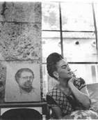 Frida Kahlo. Photographed by Lola Alvarez Bravo,