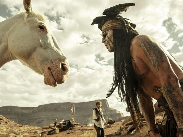 Johnny Depp em 'O Cavaleiro Solitário' (2013) (Foto: Divulgação)