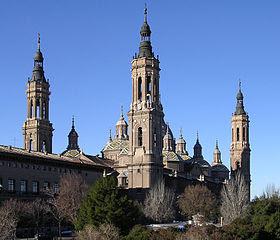 Basilica del Pilar ZaragozaAragon(Spain)-2.jpg