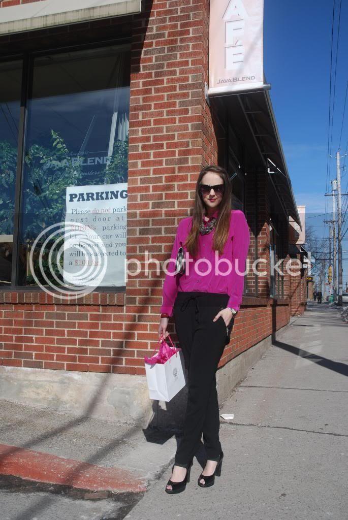 pink, vince camuto, peep toe shoes, statement necklaces, aztech clutch