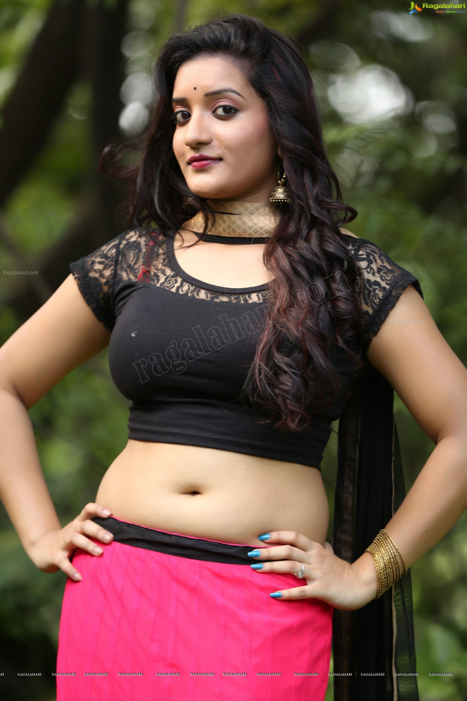 Telugu Movie Hot sexy girls ~ Celebrity wallpapers