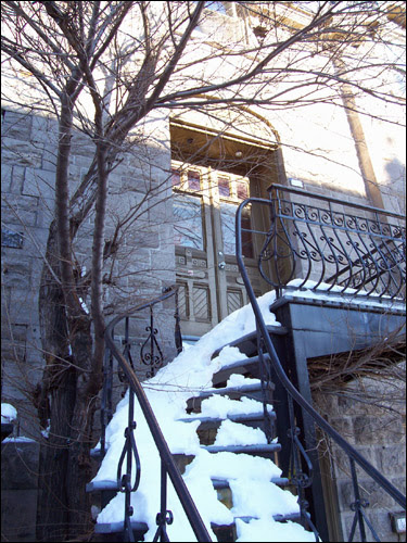 Snowy Steps, Rue St Denis