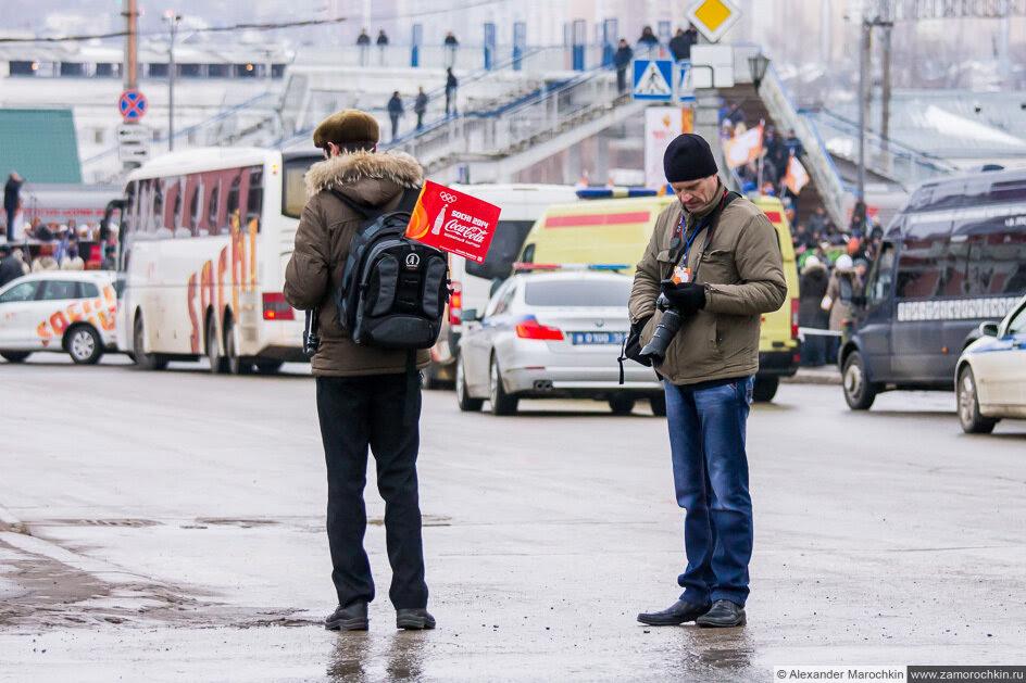 Фоторепортёры на эстафете Олимпийского огня в Саранске