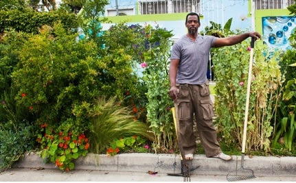 """How a """"Gangsta Gardner"""" Changed How Los Angeles Polices its Sidewalks"""