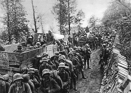 File:Marcia nella valle dell'Isonzo.jpg