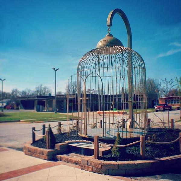 perierga.gr - Casey: Η μικρή πόλη με τα μεγαλύτερα γλυπτά στον κόσμο!