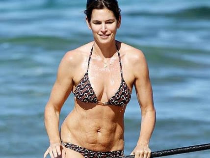 Roosh V Forum An Unretouched Photo Of Cindy Crawford Surfaced On