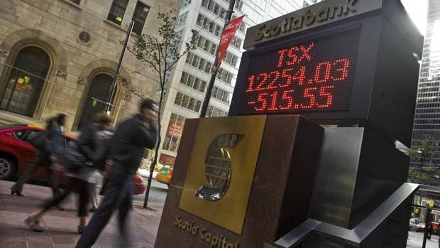 Giá dầu giảm khiến chỉ số TSX của Toronto giảm 4%. Ảnh: Reuters.