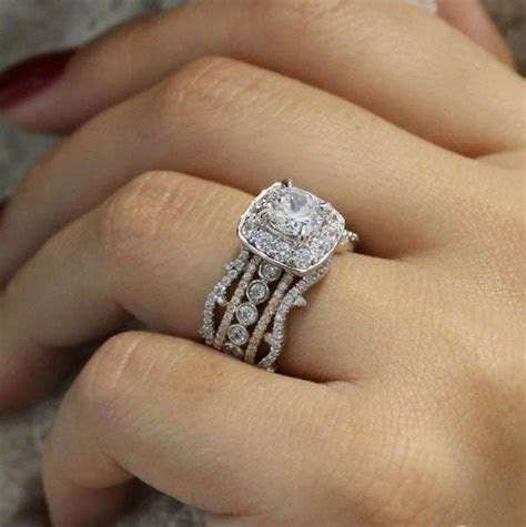 18K White Gold Stacked Vintage 5 Band Diamond Engagement