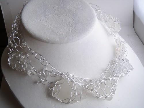 seaglass wire collar