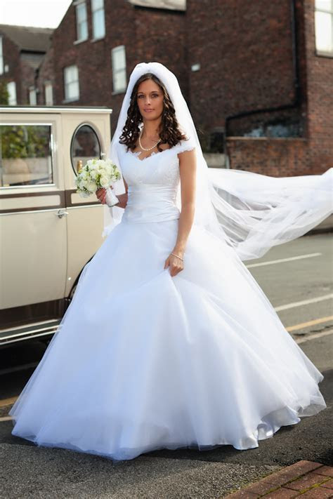 Gypsy wedding dress cost   weddingcafeny.com