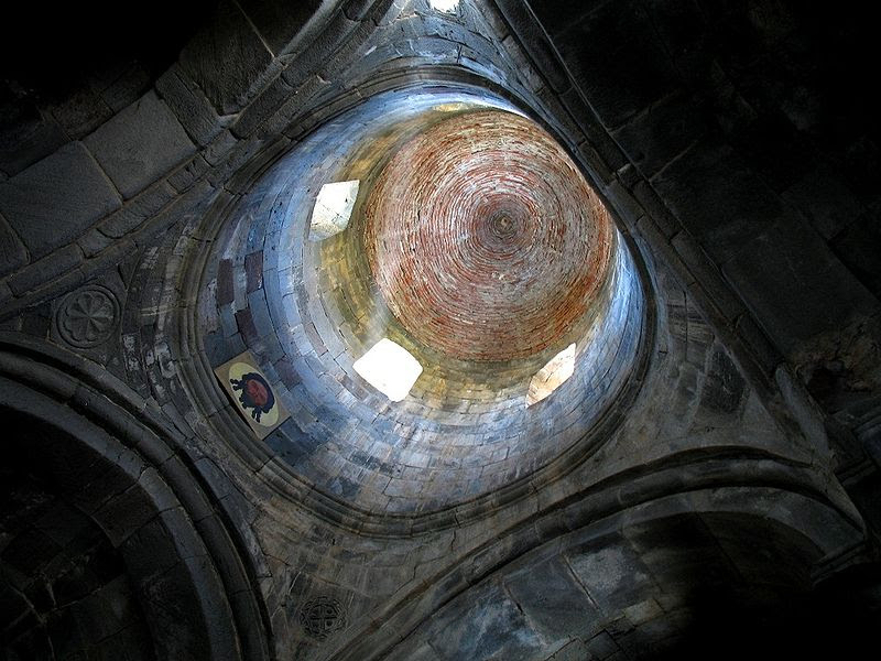 File:Gergeti Trinity Church (3).jpg
