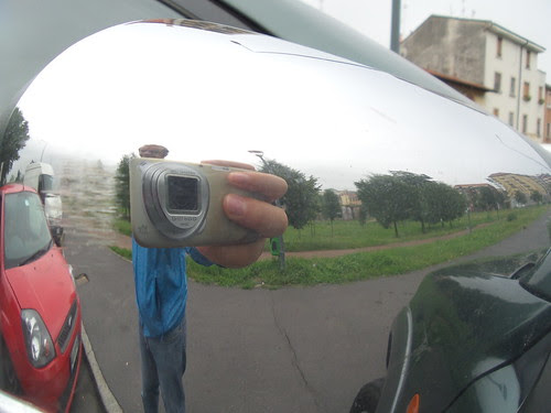 #Selfie allo specchio bombato by Ylbert Durishti