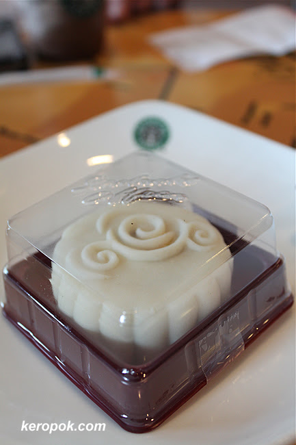 Starbucks Mooncake