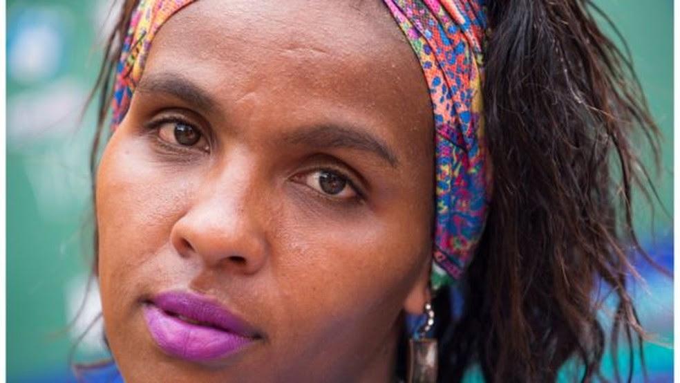Retratos de mulheres da Cracolândia  (Foto: Adri Felden/Argosfoto)