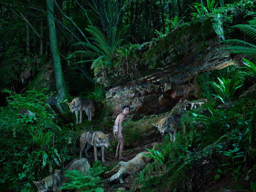 feral-children-wild-animals-photos-fullerton-batten-9