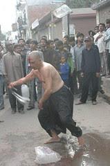 """Masjid ki har deewaar se aati hai ye sadaa: Daitay na sar Hussain (A.S) tau parhhta namaz kaun?"""" by firoze shakir photographerno1"""