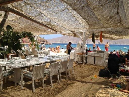 panormos-beach-restaurant