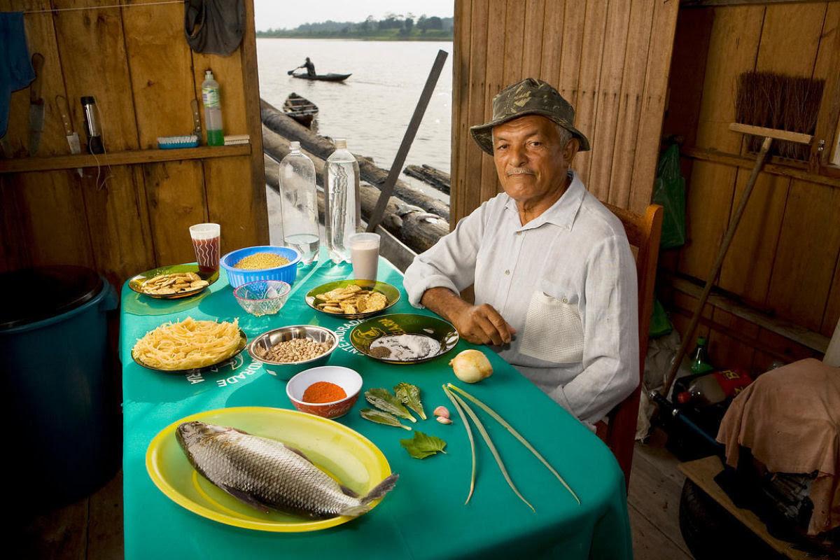 O que as pessoas comum comem nos diferentes países do mundo? 16
