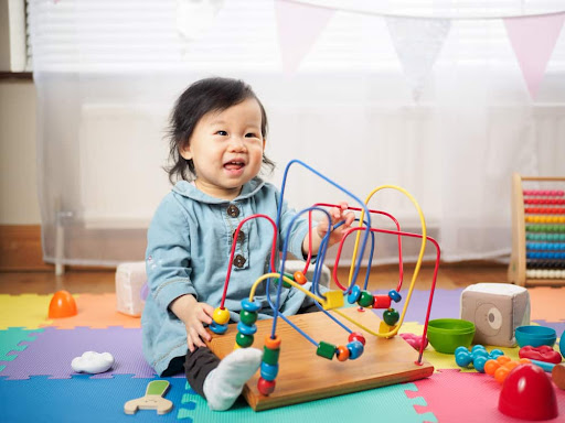 7 Types of Toys to Encourage Child Development With Autism