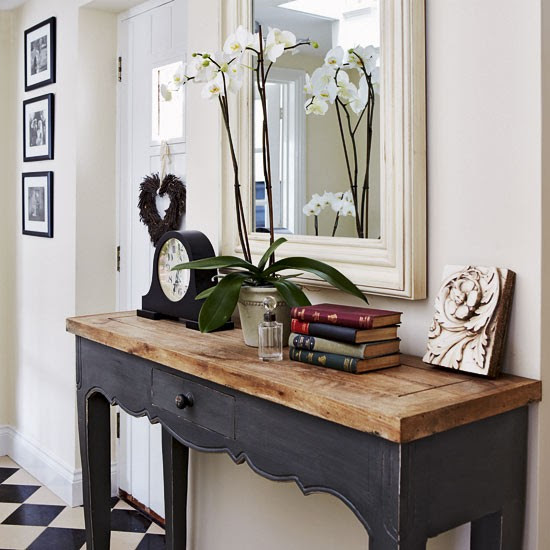 Rustic console table | Take a tour around a period-style cottage ...