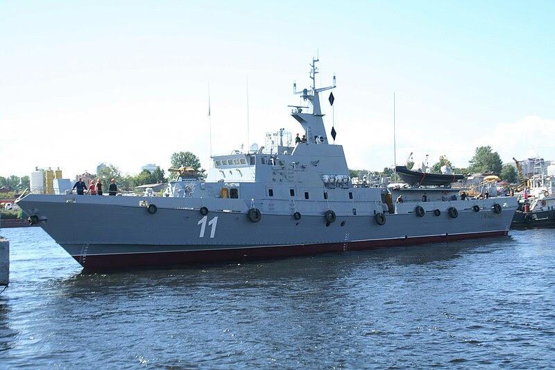 http://upload.wikimedia.org/wikipedia/commons/thumb/5/5f/Patrol_boat_Triglav_side.jpg/800px-Patrol_boat_Triglav_side.jpg