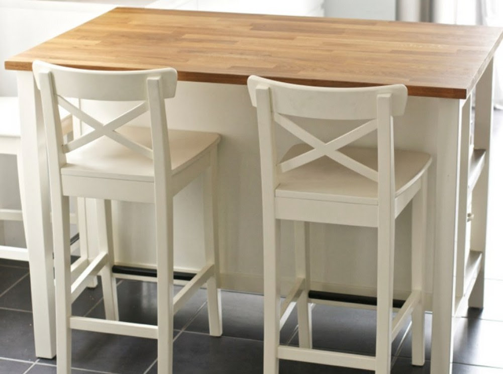 Kitchen table and bench 9