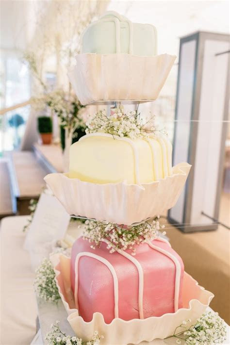 "French Fancy Wedding Cake   Say ""I Do"" on a Budget"
