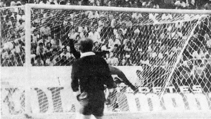 São Bento 1 x 0 Palmeiras em 1986, a despedida de Leão (Foto: Projeto Memória / Jornal Cruzeiro do Sul)