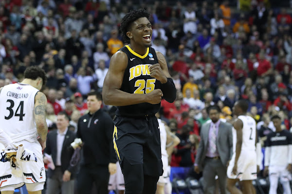 pretty nice 0de4e b33db Do Or Die  Iowa Basketball Takes On 2nd-Seeded Tennessee